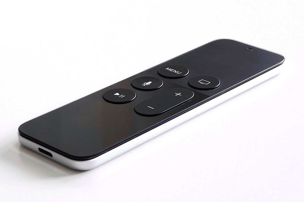 21 Smart TV Hacks You Didn't Know Your TV Had