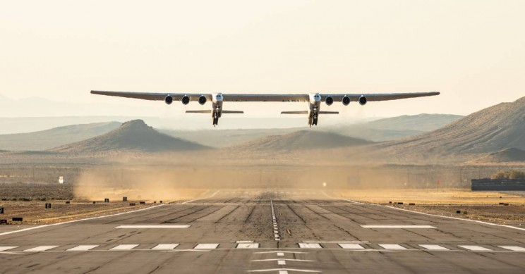 Stratolaunch, World's Largest Plane, Flies for the First Time