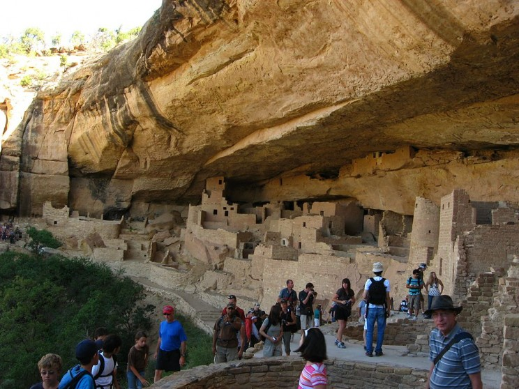 13 Incredible Cave Castles, Temples, and Buildings Inside Mountains