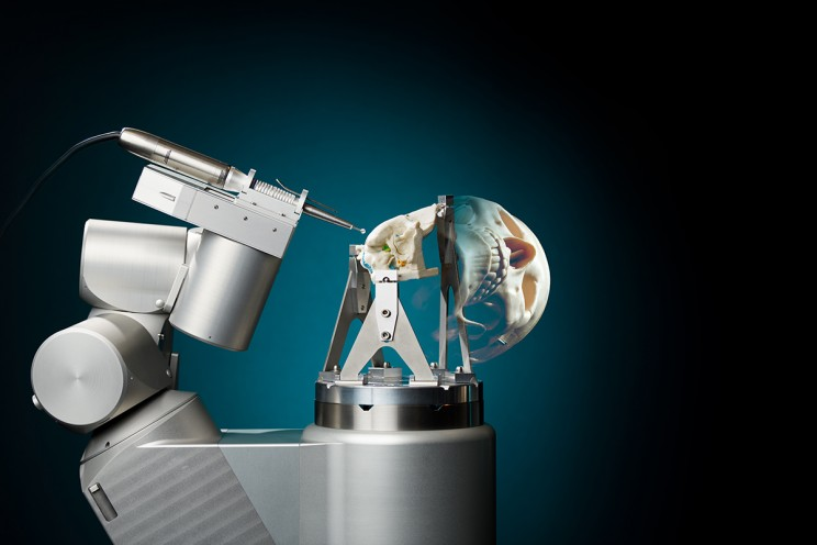 PHD Candidate Develops Robot That Can Accurately Perform Skull Surgeries