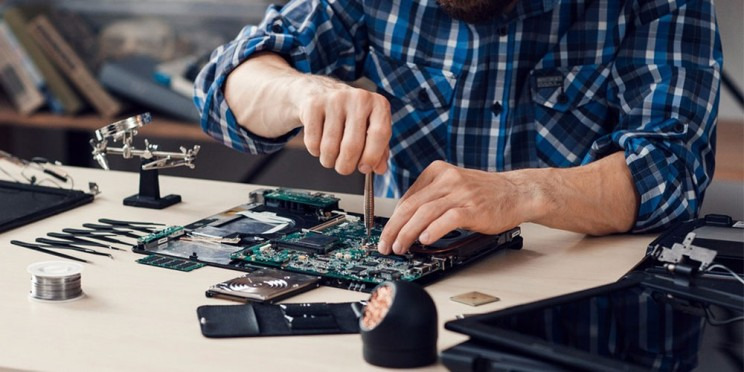 Here's How You Can Learn To Update Your Laptop Hardware To Improve Speed