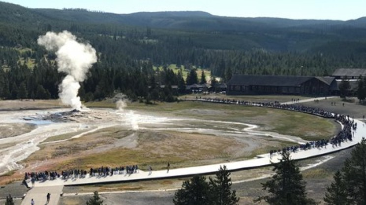 national parks yellowstone