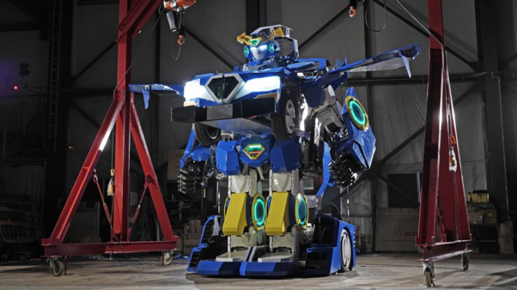 Japanese Engineers Invent Real Life Transformer