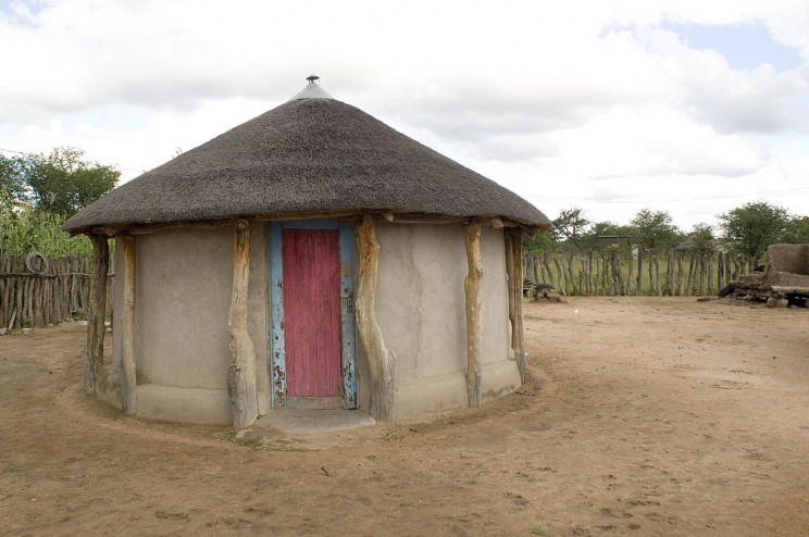 25 Ways to Build a House From Around the World: From Ancient Greece to Today