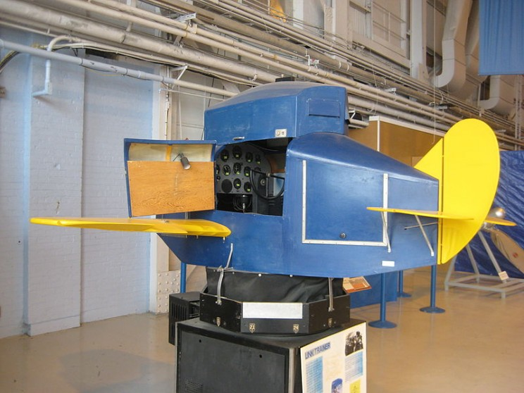 The World's First Commercially Built Flight Simulator: The Link Trainer Blue Box