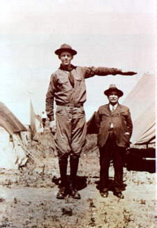Robert Wadlow The Tallest Boy Scout