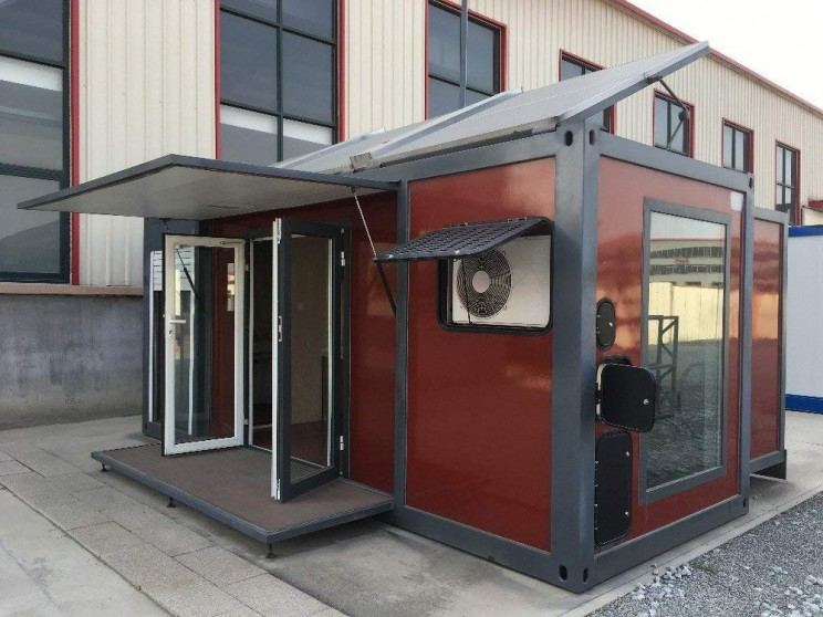 amazon shipping container home with pv