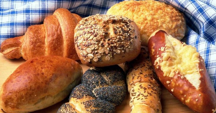 A Moderate Carb Diet Is Best for Optimum Health, Study Reveals