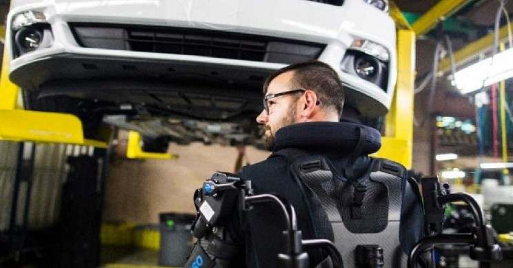 Ford Introduces Full Body Exoskeleton Vests to Help Fight Worker Fatigue and Injury
