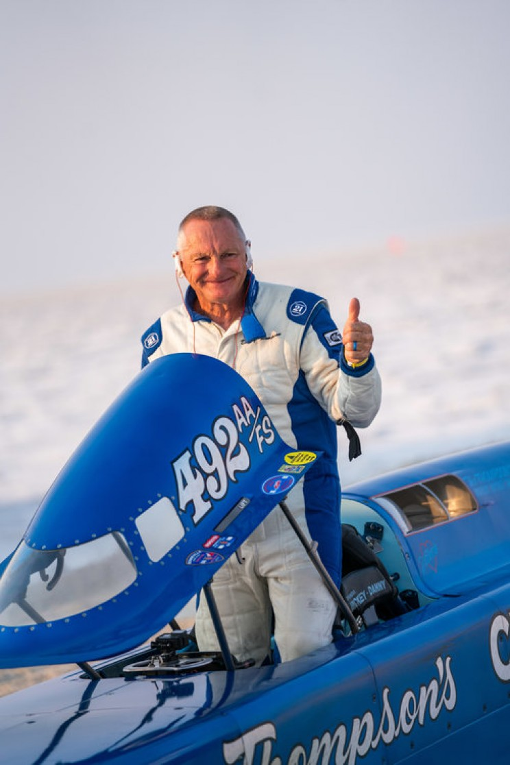50-Year-Old Streamliner Set the New World Land Speed Record of 722.1 km/h
