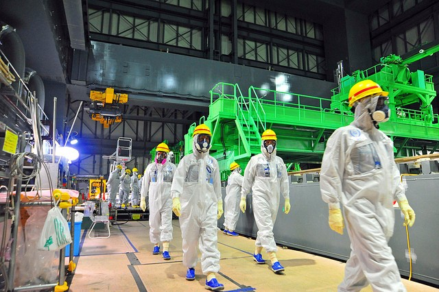 Toshiba Unveils 13 Meter Long Telescoping Camera to Explore the Damaged Nuclear Facility in Fukushima
