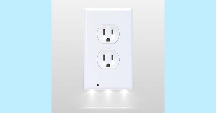 Outlet LED