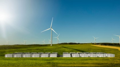 Australia Sets Record for World's Largest Battery Thanks to Elon Musk