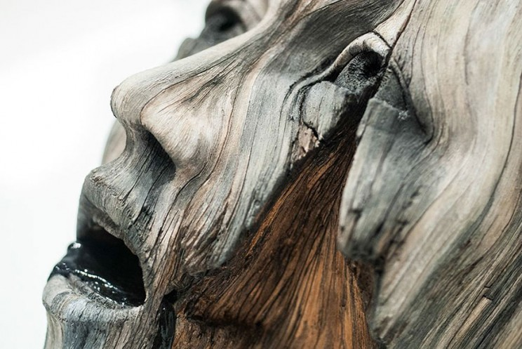 These Hyperrealistic Sculptures That Look Like Wood Are Actually Made of Ceramics