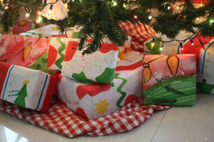 10 Ways to Have a Christmas Party Without Ruining the Environment