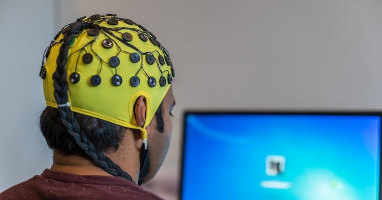 BrainNet is The World's First Non-Invasive Brain-to-Brain Interface