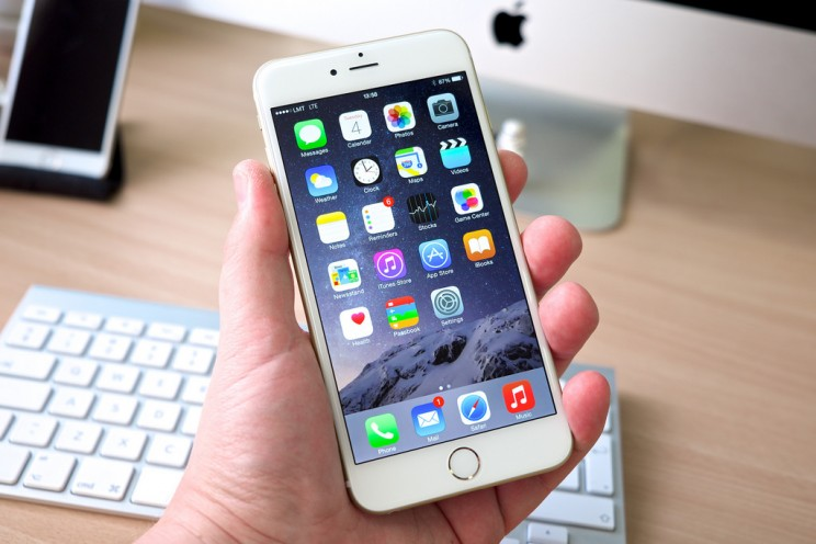 Apple Issues Apology for Intentionally Slowing Down Some Older iPhones