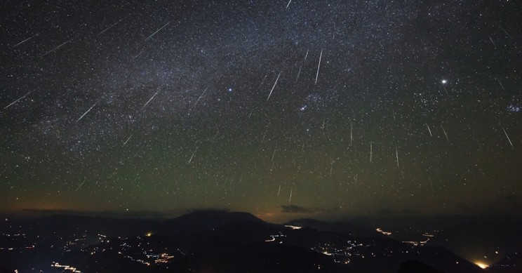 How to Watch The Green Fireballs of The Geminid Meteor Shower