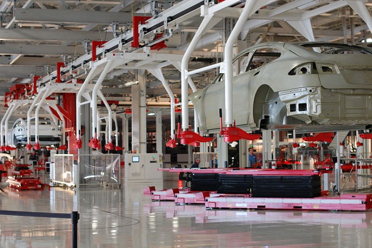 Tesla Gigafactory in Trouble Over Sudden Monopoly of Battery Supply