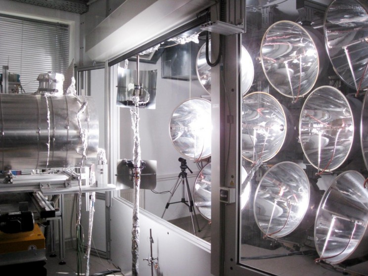 Researchers Successfully Test World's First Solar Fuels Reactor That Can Run at Night