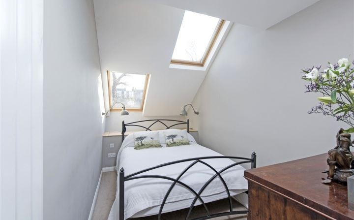 This 91-Inch-Wide Slim House in London is on the Market for $1.4 Million