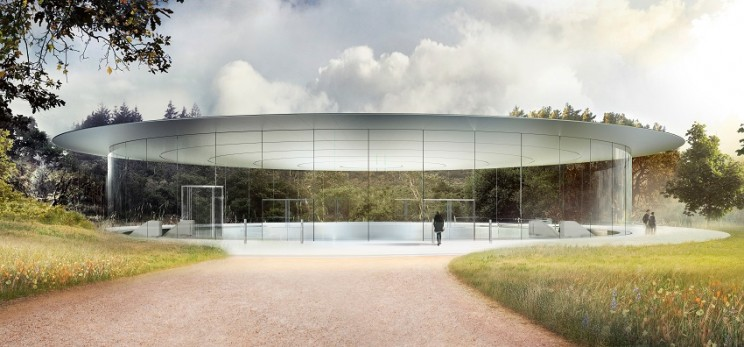 Distracted Employees at Apple's New Campus Have Been Walking into the Glass Panes