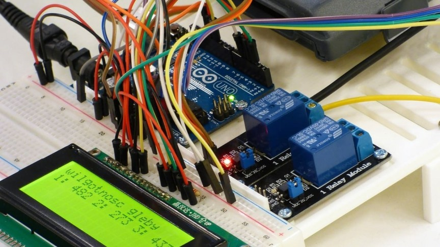 These 17 Great Arduino Projects and Courses Will Make You a Pro In