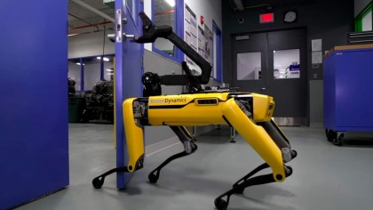 The Funniest Tweets About Boston Dynamics' Dog-Like Robot Opening Doors