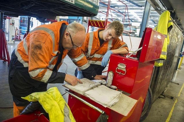 Engineering Apprenticeship: How to Jumpstart Your Career as an Engineer?