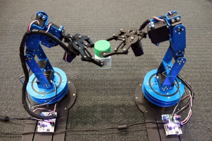 RFID Tag Technology Helps Robots Accurately Track Objects