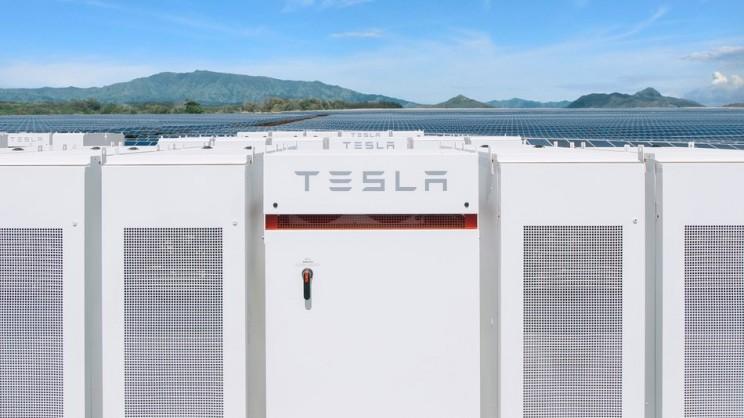 Ski Resort in Tahoe Will Get Tesla Powerpacks to Reach 100% Renewable Energy Goal