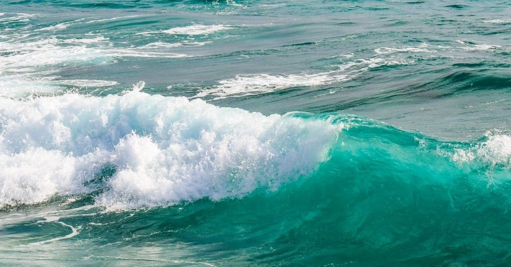 Novel Wave Device Could Deliver Low-Cost Clean Energy