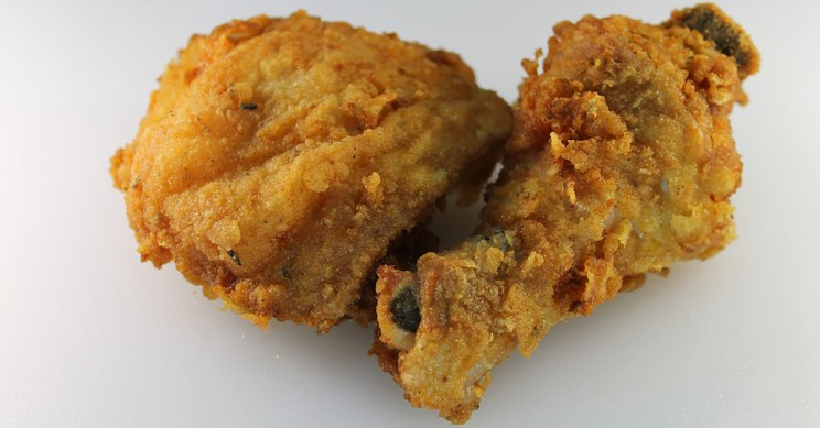 Surprise! Scientists Find Eating Fried Chicken Every Day Increases Risk of Death