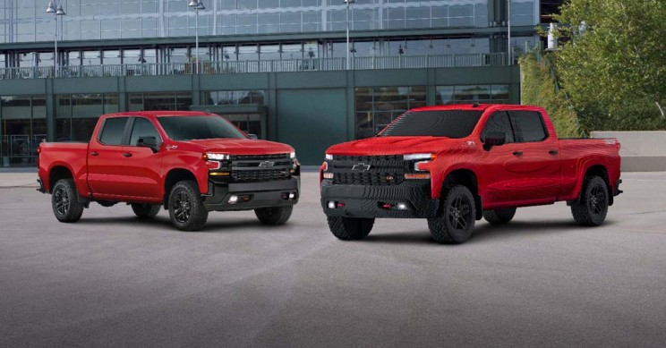 Build A Chevy Truck >> Gm Uses 334 544 Lego Bricks To Build A Full Size Chevrolet Silverado