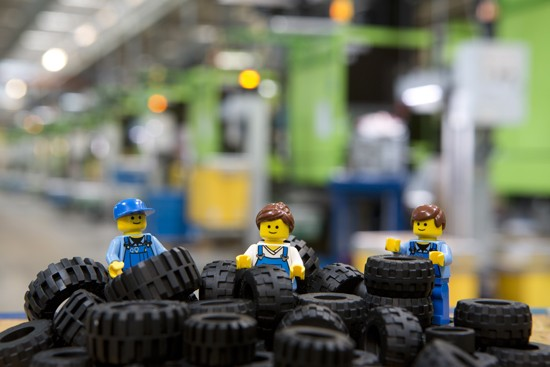 10 Awesome Facts You Probably Didn't Know About Your Beloved Lego Bricks