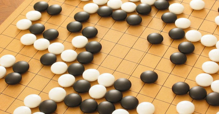 Nine-Year-Old Japanese Girl Becomes World's Youngest Professional Go Player