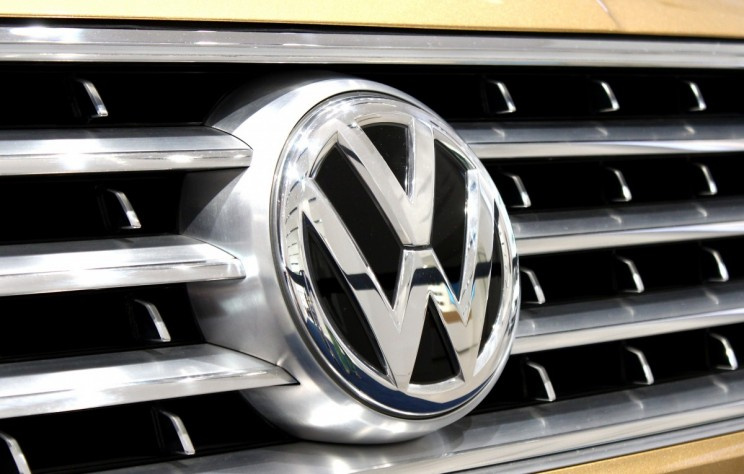 Volkswagen Suspends Its Chief Lobbyist Amid Reports of Fume Tests on Monkeys
