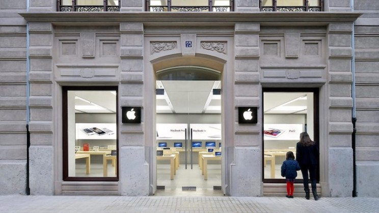 Second iPhone Battery Explosion in Two Days Causes Apple Store Evacuation in Spain