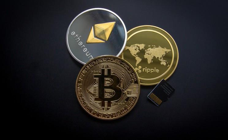 Bitcoin Falls Below $10,000 in Market-Wide Dip