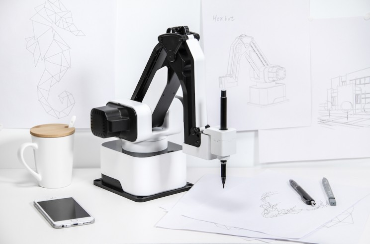 This Is Hexbot, the Modular All-in-1 Desktop Robot Arm