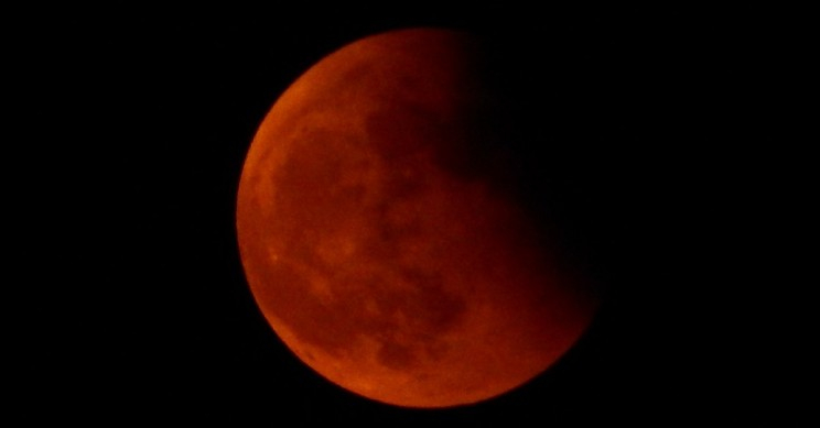 Get Ready For The Super Blood Wolf Moon This Weekend
