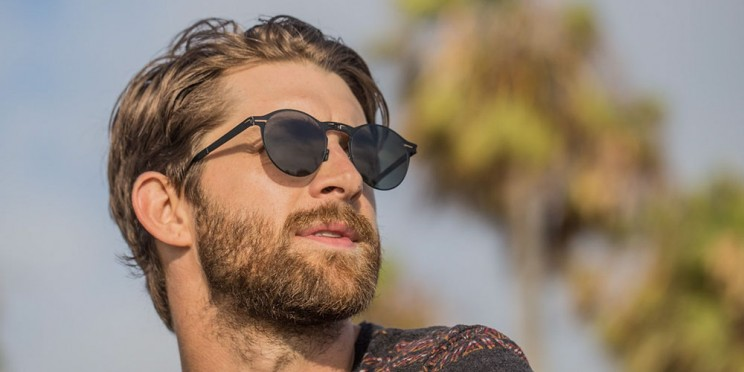 These Are the World's Thinnest Folding Sunglasses
