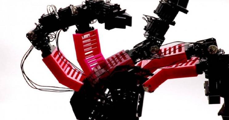 New Self-Aware Robotic Arm Can Recognize and Repair Itself