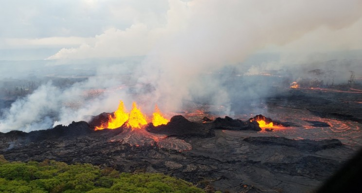Hawaii's Volcano Eruption Continues on its Rampage Causing Both Destruction and More Land