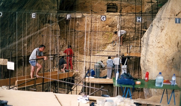 560,000-Year-Old Milk Tooth Found In a French Cave