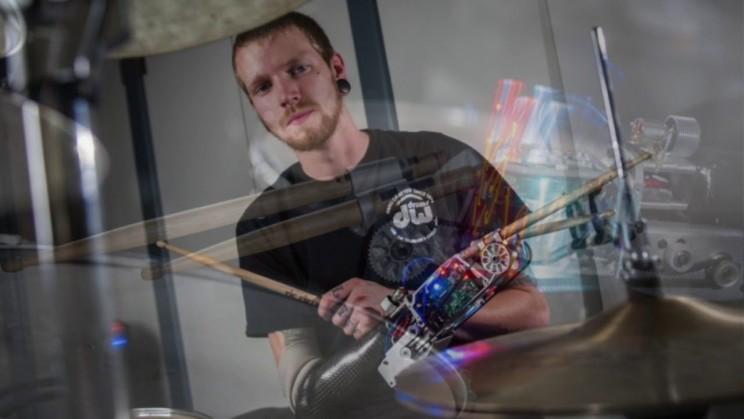 bionic drummer