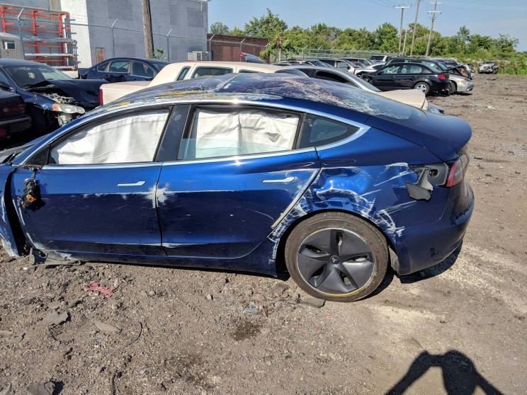 Model 3 Rolls Over In Wreck but Sustains 'Minimal' Damage