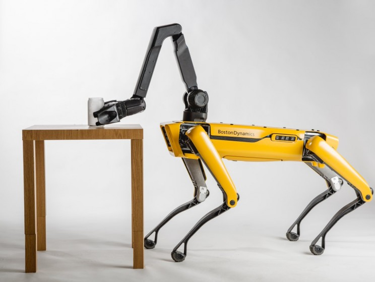 Boston Dynamics Plans to Build 1000 Robot Dogs A Year By 2019