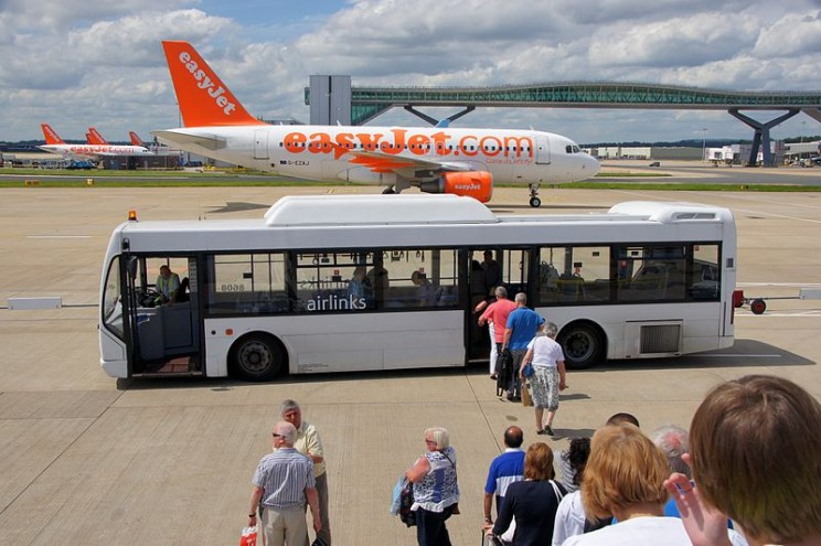 Driverless Buses Could Start Ferrying Passengers to Their Planes at Gatwick Airport
