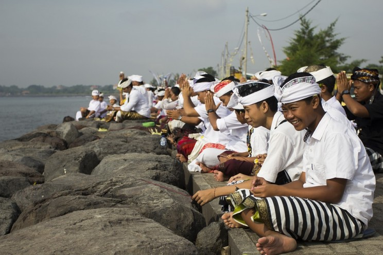 Bali Will Shut off Mobile Internet on Saturday for New Year Celebrations